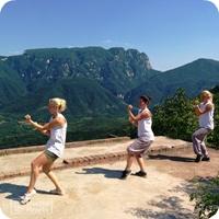 Shaolin Kung fu on Wuru Peak - Top Image